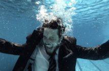 homem-gritando-embaixo-da-agua-biodinamica